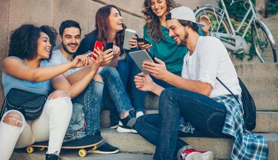 Facebook正式宣战Clubhouse预计今年夏天推出类似产品