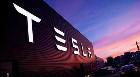 福特前CEO特斯拉在电动汽车市场遭传统汽车巨头挑战